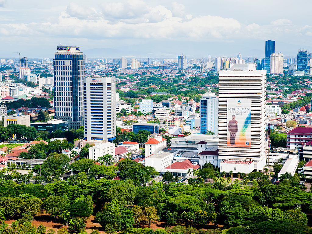 Uncertainty in the global markets and weak economic data has seen Indonesia's currency and government bonds take a dip, despite the country being set for strong growth this year